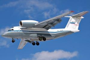 Antonov_An-72_(RF-72016)